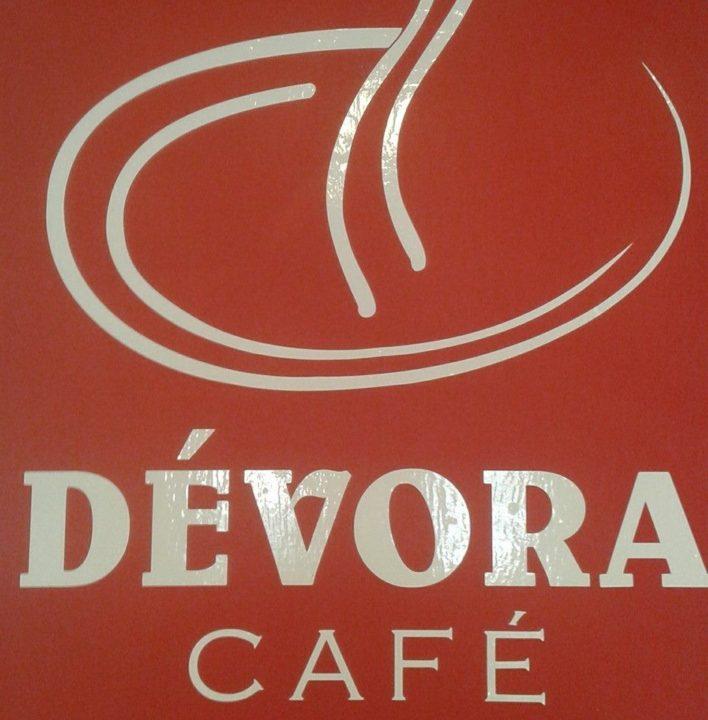 Dévora Café